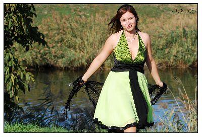 portret-rochia-verde